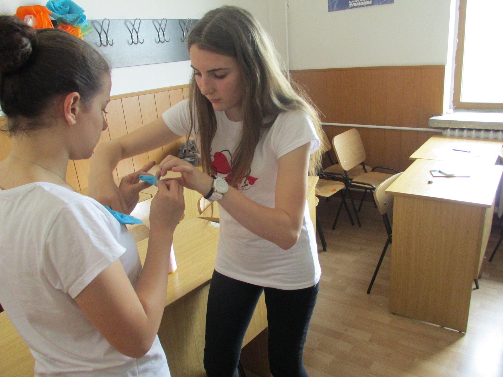 12 Proiect Viata fara Violena - Ana Hristea - clasa a-IX-a B – Colegiul National Mihai Eminescu