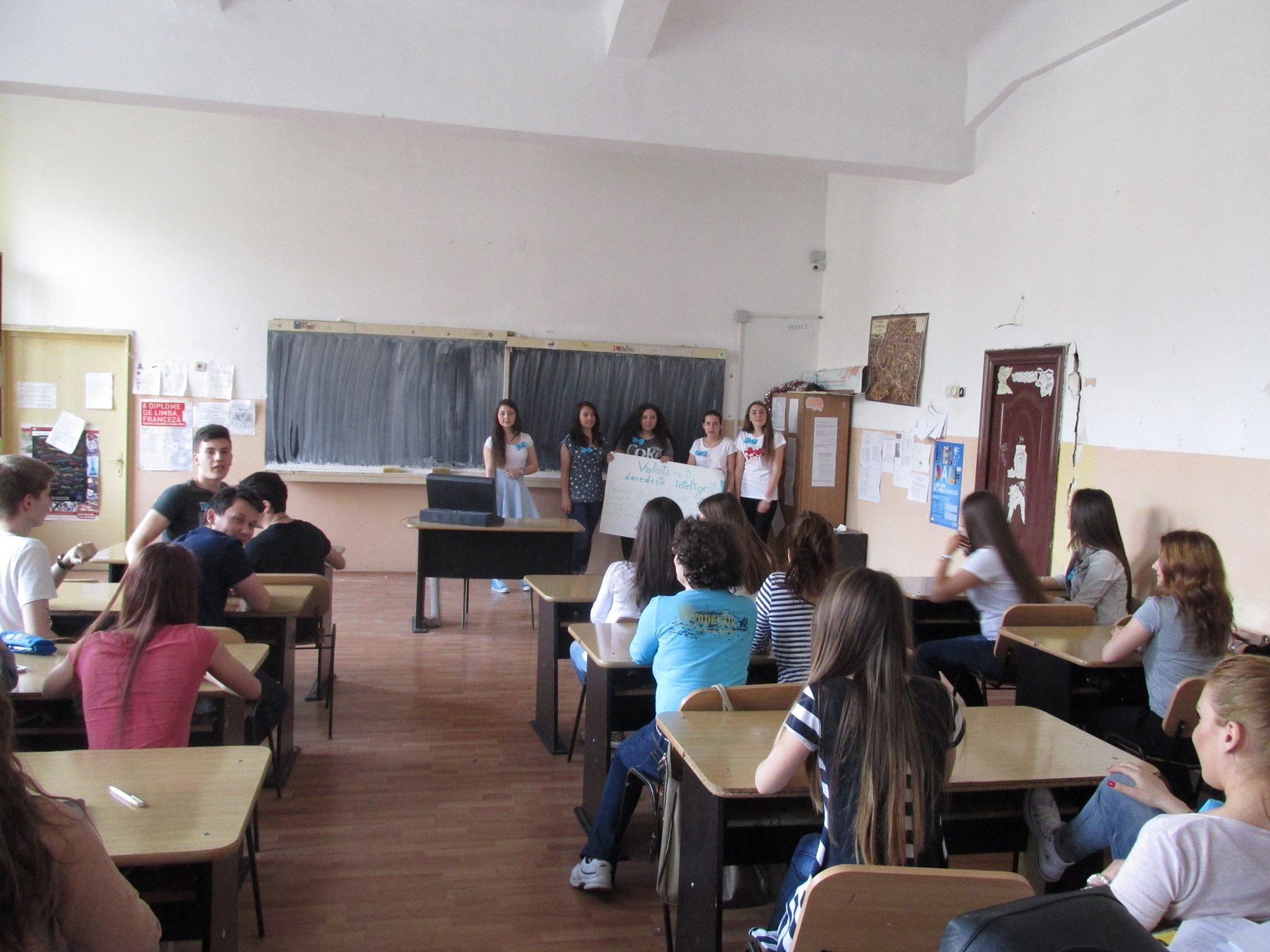 27 Proiect Viata fara Violena - Ana Hristea - clasa a-IX-a B – Colegiul National Mihai Eminescu