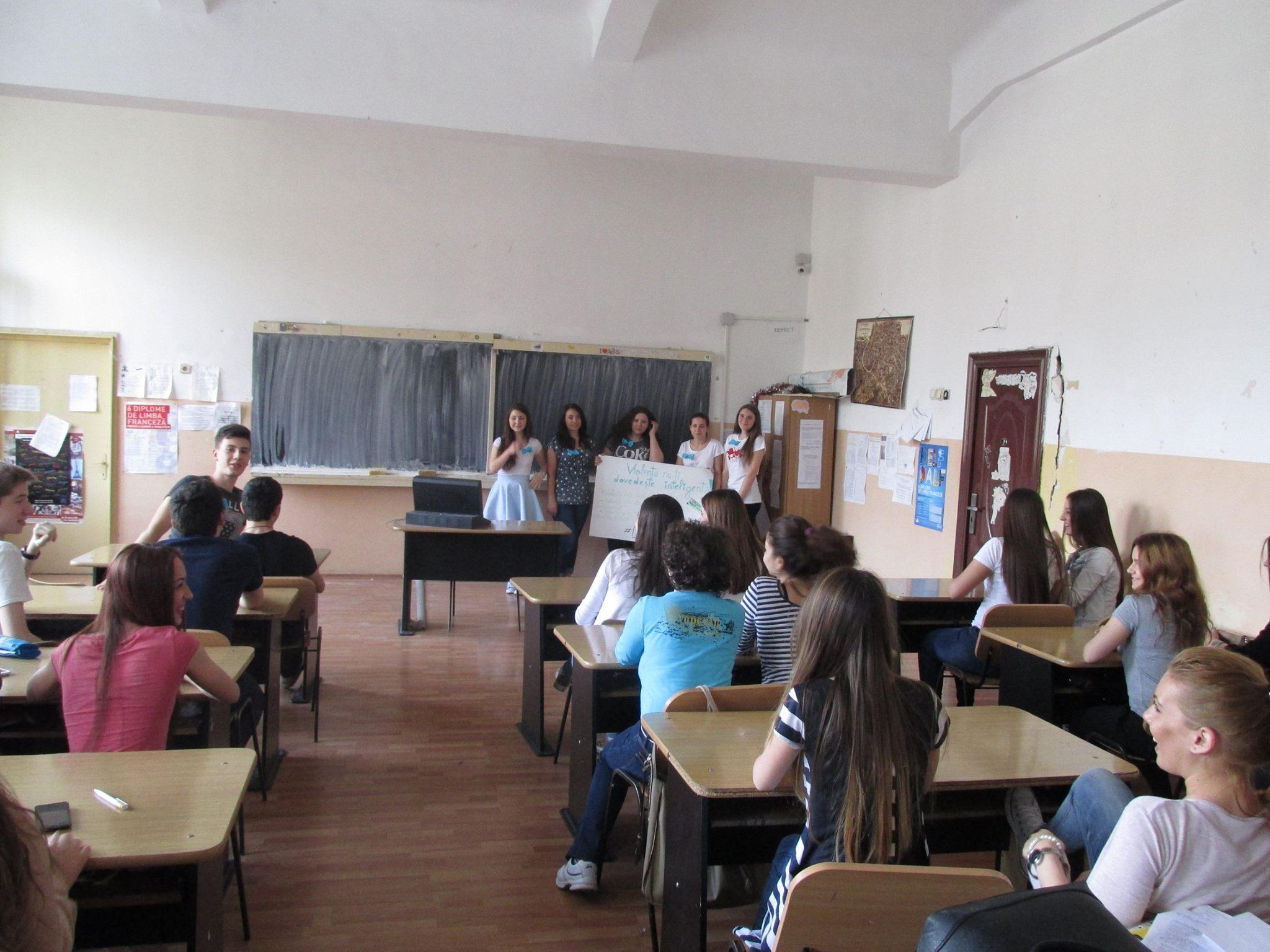 31 Proiect Viata fara Violena - Ana Hristea - clasa a-IX-a B – Colegiul National Mihai Eminescu